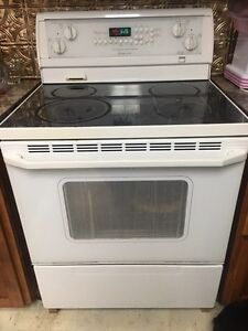 Whirlpool GOLD oven/stove
