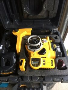 18V Self Leveling Int/Ext Rotary Laser Package Prince George British Columbia image 4