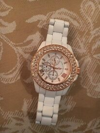 Brand new watch rose gold with its original packing never been worn