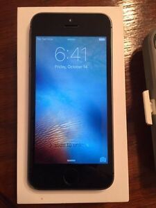 Bell/Virgin iPhone 5S Bundle for sale