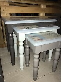 Nest of 3 tables shabby chic