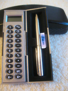 NEAT  POCKET-SIZED FOLD-UP SLIM-LINED ADDING MACHINE / PEN SET