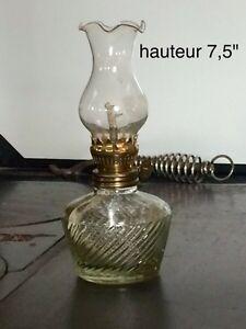 petite lampe a l'huile