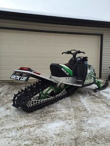 Arctic Cat M8 Turbo