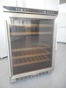 (MFF 234)Second hand fridge Delonghi 46 btls wine cabinet cooler Bundall Gold Coast City Preview
