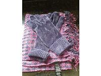 M&S scarf & gloves set
