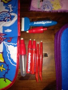AQUADOODLE TRAVEL, FLOOR MAT, DISNEY & CARRY BAG LOT Kitchener / Waterloo Kitchener Area image 4