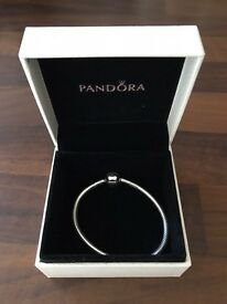 Pandora Moments Smooth Silver Clasp Bracelet 16cm