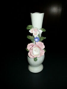 Bud Vase Arts and Crafts Style London Ontario image 1