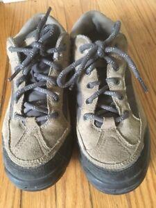 Hiking Shoes W8