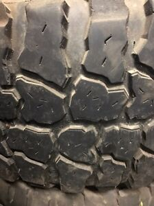 2009-2017 Dodge Ram 2500 rims and tires  London Ontario image 6