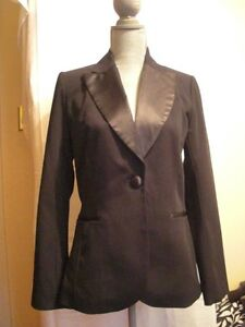 H & M  Collection Sharp Women's Tuxedo Blazer