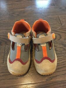 Toddler boys shoes- size 6- $10 - barely worn