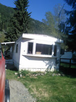 Move in Ready , Priced for Quick Sale SingleWide Trailer in Park