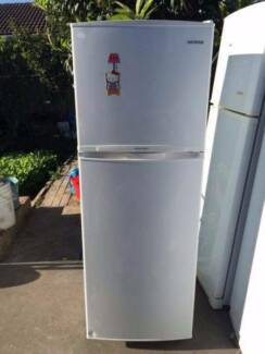 nice great working 230 liter samsung fridge , can delivery at ext