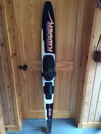 Kidder pro graphite water ski
