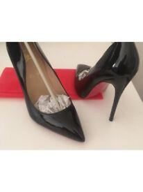 *REDUCED* Women's Christian Louboutin/Loubs shoes/heels - Size EUR 38
