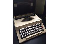 IMPERIAL 2002 Typewriter