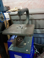 """Beaver 18"""" Scoll saw, excellent condition with blades"""