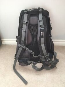 60 L backpack great condition  Kitchener / Waterloo Kitchener Area image 2