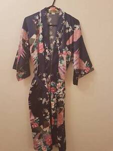 Ladies silk dressing robe Prospect Prospect Area Preview