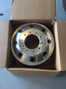 OEM Original 19.5 Ford F450 F550 Super Duty Dually FRONT Wheel West Island Greater Montréal image 1