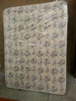 QUEEN SIZE MATTRESS AND BOXSPRING!! 120 o.B.o