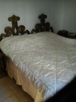 Set de chambre avec lit King en frêne