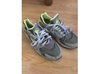 Used shoes uk10 Nike