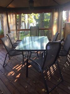 Patio and chairs (6) set