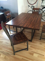 Modern Solid Wood Dining Table w/ 4 chairs - Hooker Furniture