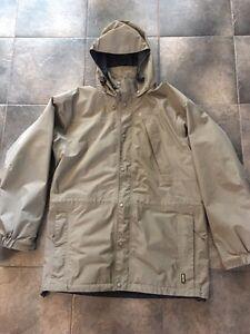 MEC Gore-Tex Jacket Size Medium Men's