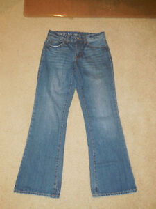 Blunotes Jeans - Size 28 / 30  (Slim Boot / Low Rise)