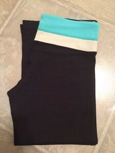 Lulu Capris - Size 4 - Great Condition