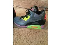 Brand new Nike Air Max 90 sneaker boots
