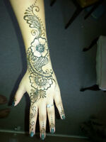 Natural Henna Tatoos and Nail Art (Awesome)