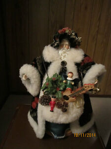 Xmas Santa  on a stand with a black hat. Strathcona County Edmonton Area image 2
