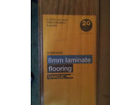 V - Groove 8mm laminate flooring 10 packs of flor