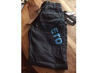 Men's jeans new with tags size 28 £5