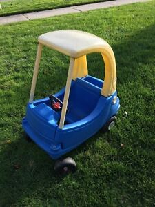 Kids car $25 Kitchener / Waterloo Kitchener Area image 1
