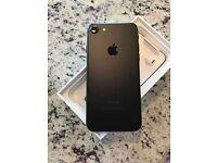 iPhone 7 128GB unlocked black + Apple Warranty
