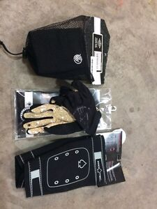 Bmx pads and gloves