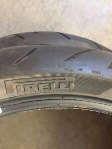 Set of motorcycle tires
