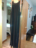 Evening Gown formal wear Black size 16
