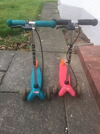 Micro mini scooters with handbrakes and footbrakes