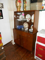MID CENTURY MAHOGANY BUFFET CHINA HUTCH ONLY $55 NO TAX
