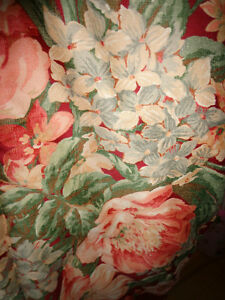 Ralph Lauren Luxury Comforter Briarcliff floral design TWIN SIZE West Island Greater Montréal image 5