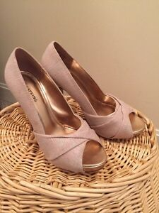 Rose and gold heels $10