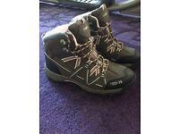 Trektec hiking boots size 7