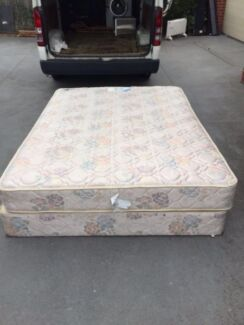nice sally queen size base + mattress, can delivery at extra fee.